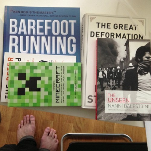 I got the books I ordered last week!  Barefoot Running Step by Step by Ken Bob Saxton The Peter Principle: Why Things Always Go Wrong by Laurence J. Peter and Raymond Hull The Great Deformation: The Corruption of Capitalism in America by David A. Stockman The unseen by Nanni Balestrini Reamde by Neal Stephenson Minecraft: block, pixlar och att göra sig en hacka by Daniel Goldberg and Linus Larsson
