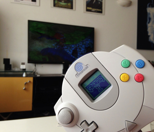 gamefreaksnz:  Lazy, nerdy, on-call Sunday morning (by cpw123)  I miss you Dreamcast!