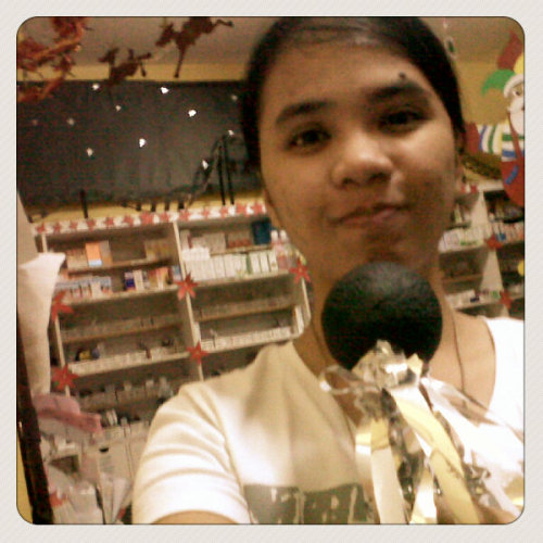 mic test. circus test. Haha (Photo taken and uploaded via MOLOME )