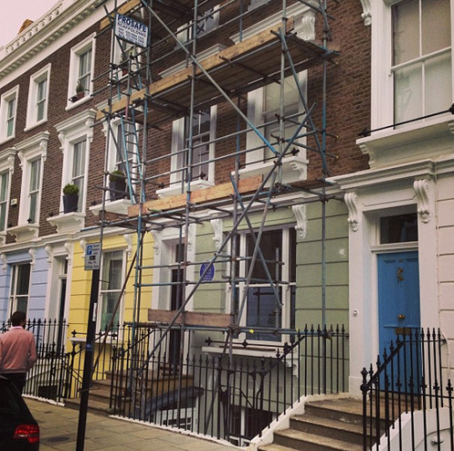 Scaffolding on the house where Sylvia Plath died. (instagram: christianj4mes)