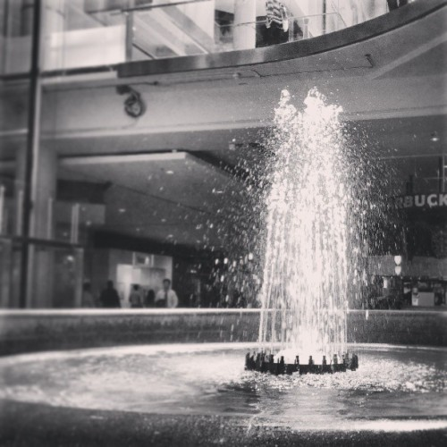 #water #fountain #eatoncentre