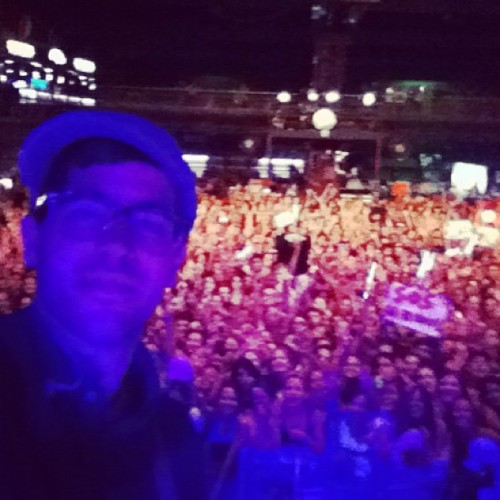 deleasa:  Porto Alegre thanks for an amazing night! An thanks to @jonasbrothers for having me! Hope to see you soon