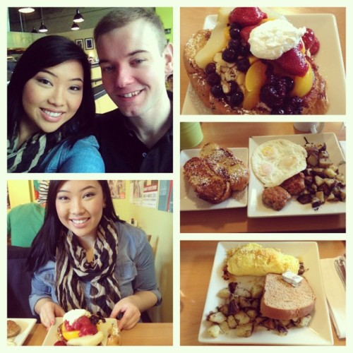 @trev206 took me out to breakfast at Portage Bay! It was hands down the best place to eat breakfast in Seattle! #breakfastdate #portagebay #goodeats #seattle #nomnom #delish #organicfood  (at Portage Bay Cafe & Catering)