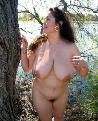 real naturist enjoys her body in the nature without shame. Caroline from Ohio (USA) via Nudist Friends