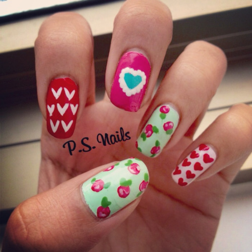 Valentine's Day nails!! Enjoy :) -S
