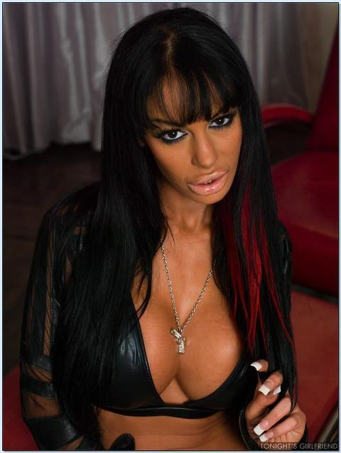 eroticsolution:  Angelina Valentine:the best Puttana!