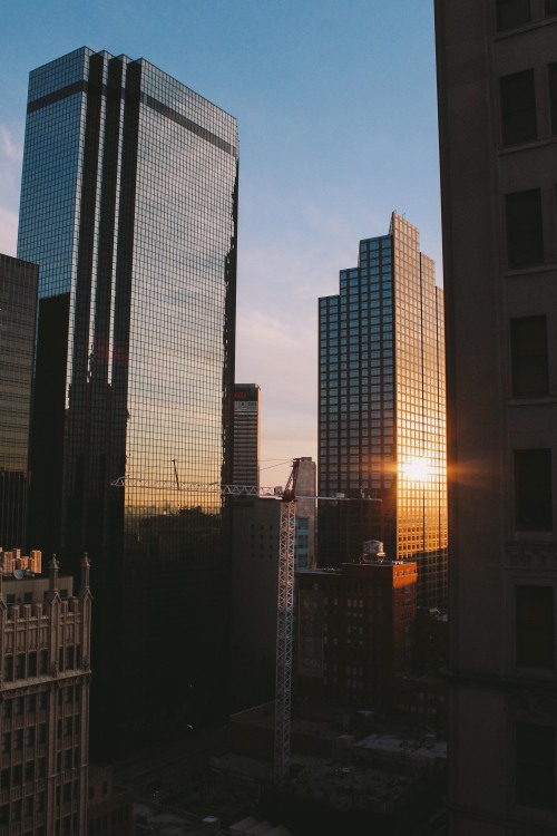jordanrogers26:  City Sunrise.