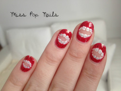 misspopnails:  Brace Face nails for my muse, Fiona Byrne.