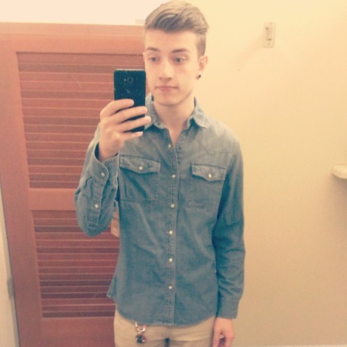 Totally invested in that denim shirt.