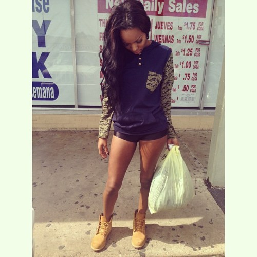 brianashanee:  Perfect day to thrift.
