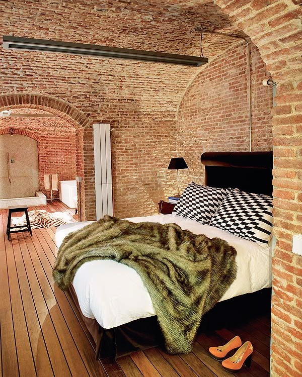 impressiveinteriordesign:  Exposed Brickwork Bedroom
