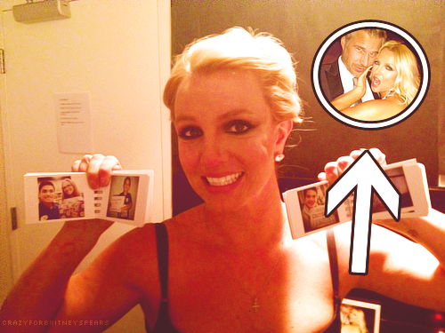 crazyforbritneyspears:  Awww! ♥  I love this.