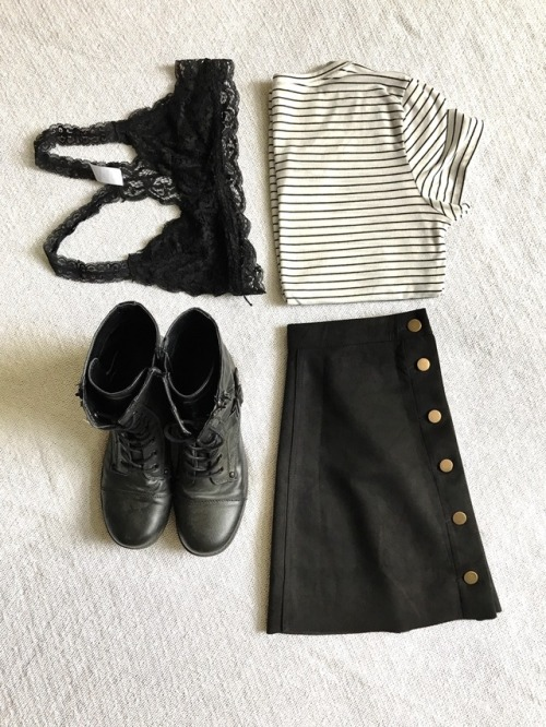 ootd fashion clothing beauty combat boots button up skirt bralette striped shirt aesthetic spring fashion spring 2017