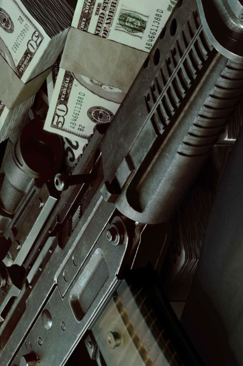 moneygunsweed:  Money Guns Weed