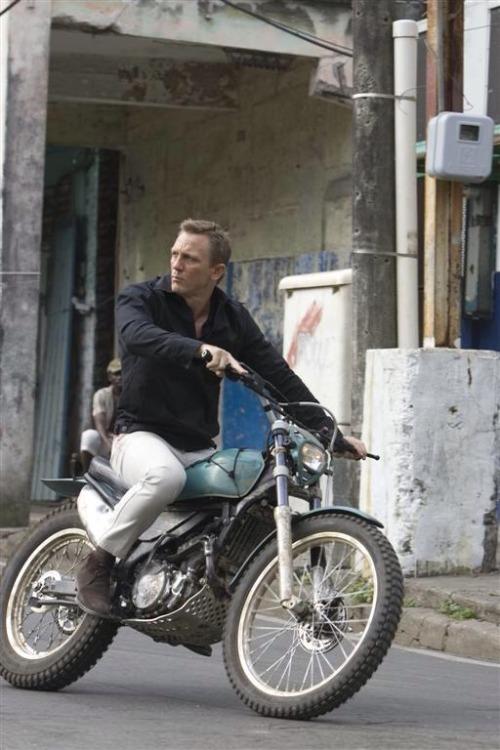 sharperman:  Steve McQueen style often the default hero attire