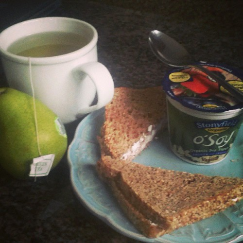 Ezekiel toast with tofutti cream cheese, yoghurt pear and green tea :)