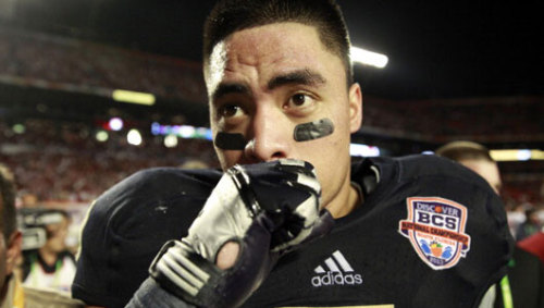 Bizarre Manti Te'o hoax and the truth about online love     People do fall in love with people they've only ever met online, and the feelings are very real, according to experts who study online communication. Because there is little to no information about body language or emotion online, people feel comfortable disclosing more about themselves, which fosters a sense of intimacy.