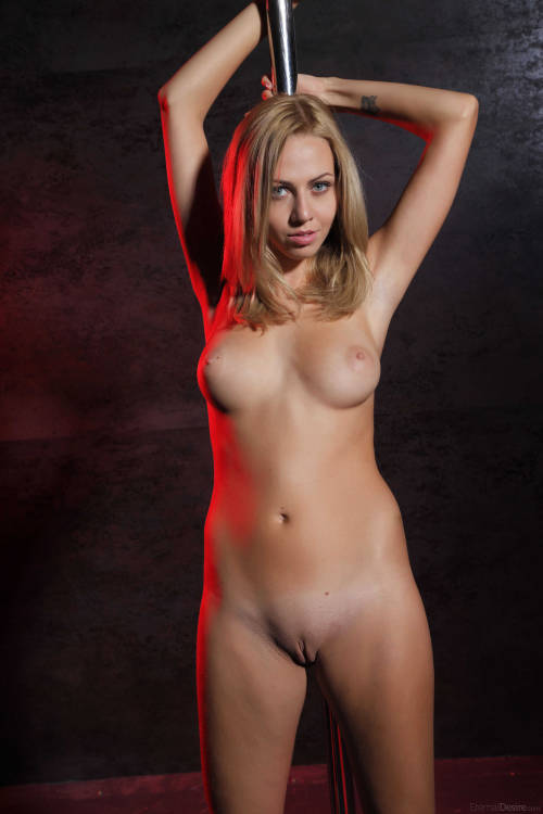 Busty blonde goddess