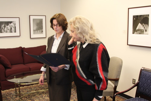 Councilmember Cheh issues the oath of office to Karen Perry, the recently reelected ANC Commissioner for 3F02.