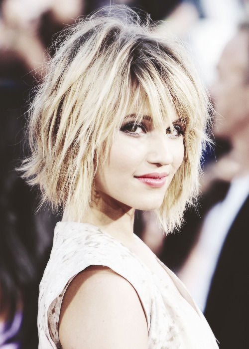 Endless pictures of Dianna Agron 96/?