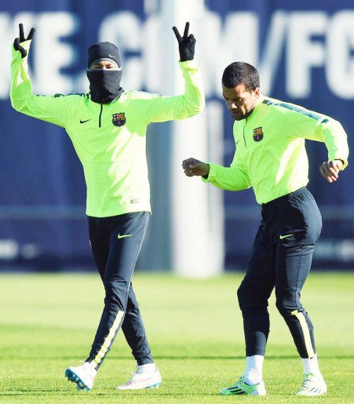 Neymar Jr. - Page 21 Tumblr_ngbg1rudk51tjqzsxo1_500