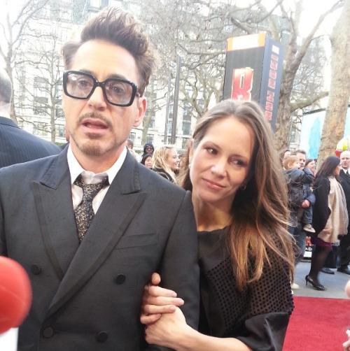 Robert Downey Jr. and Susan Downey attend the Iron Man 3 UK premiere in London [180413]