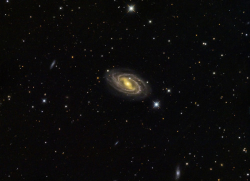 M109 - Balken-Spiralgalaxie - reworked by cfaobam on Flickr.