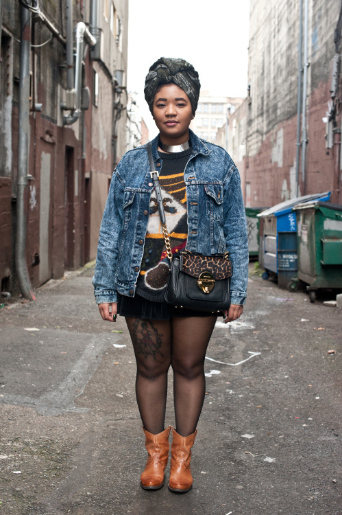 blackfashion:  Sweater: Thrifted, Shoes: Franco Sarto, Acid Wash Jacket: Thrifted, Skirt: American Apparel, Bag: Michael Kors Anastasia, 22, Seattle inanexpression.tumblr.com