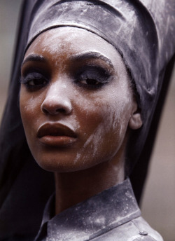 clockworklychee:  Jourdan Dunn by Hans Feurer Antidote Magazine SS 2013: The Street Issue