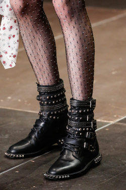 oystermag:  10 Things You Won't Know About Saint Laurent's Show From Looking At It On The Internet
