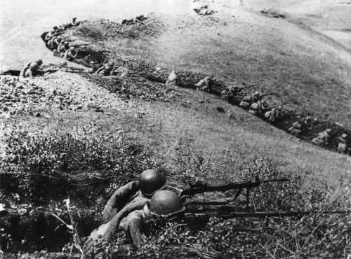 Entrenched Soviet troops in the Caucasus.