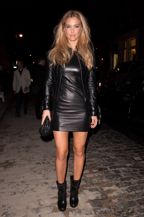 Bar Refaeli layered her leather at a cocktail party recently, topping a Versace minidress with a fitted leather jacket. Blackout!