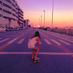 p-uresugar:  skating in the sunset is fucking awsome…