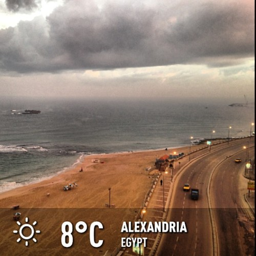 psykek:  #weather #sky #instaweather #instaweatherpro #outdoors #nature #alexandria #egypt #day #winter #morning #skypainters #cold #sea #road #light #cloud (at Alexandria)  ما علينا من 8 اللي مخدتش بالي من غيرها, صباح الخير بقا