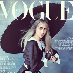 Congratulations to @soojmooj #soojoopark #Vogue #Korea #cover #model #wilhemina #platinum #paintedbyme #auracolorist