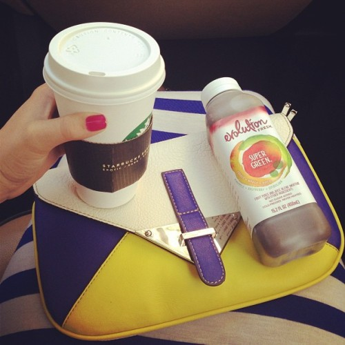 Leggo! Stripes, color block and Starbucks… Starting today off right! Blue Vanilla http://bit.ly/13TfsRV