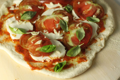 (via Farmer's Market Pizza | Macheesmo)