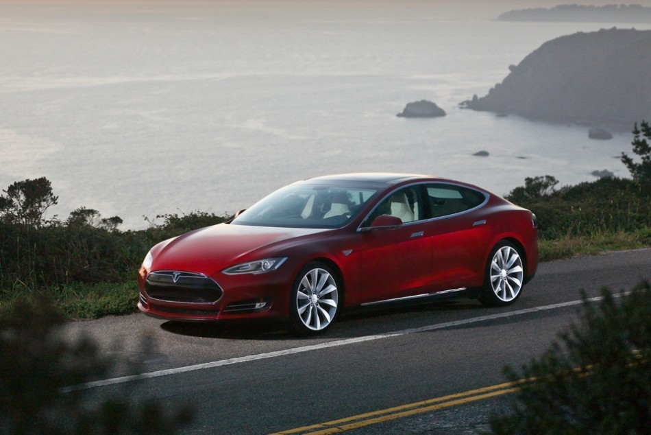 Tesla Model S: A War of Words Between Elon Musk and New York Times http://www.ibtimes.co.uk/articles/435706/20130215/tesla-model-s-new-york-times-war.htm