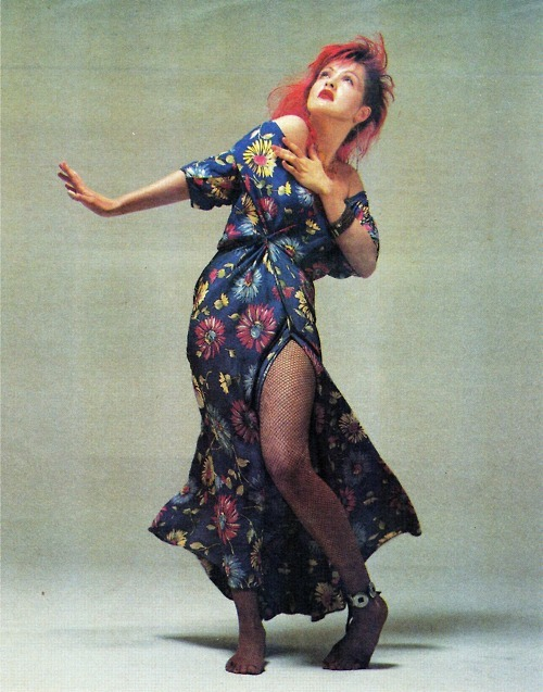 bohemea:  Cyndi Lauper by Richard Avedon