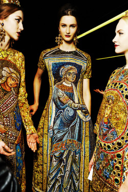 fuckyeahalternativefashion:   Dolce & Gabbana Fall-Winter 2013