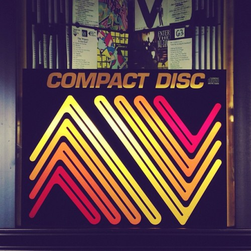 COMPACT DISC: PLAYIN' THE JAMS TONIGHT #technology #pdx #music #jukebox (at The Matador)