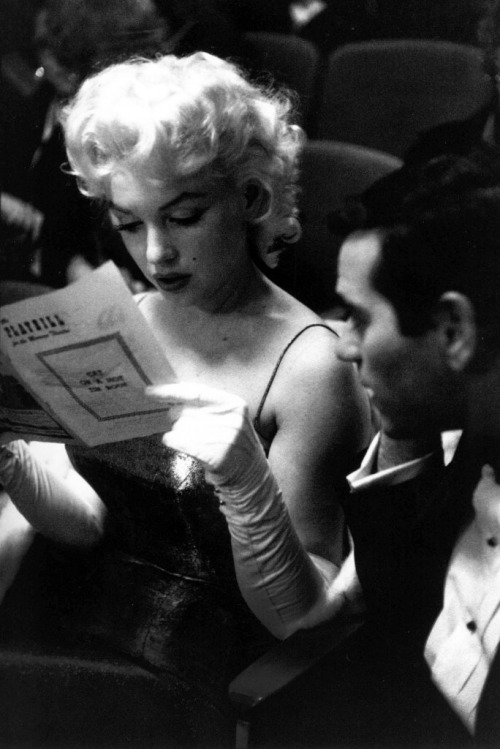 suicideblonde:  Marilyn Monroe photographed by Ed Feingersh