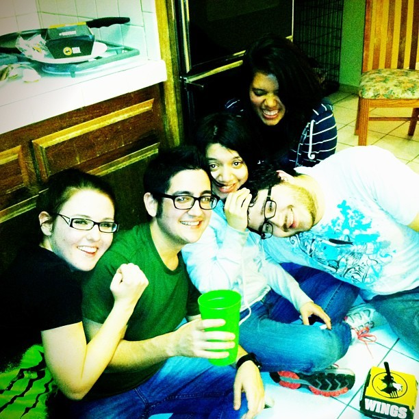 We kinda ended up on the kitchen floor…. XD #goodtimes #friends #tipsy #instagram #socal @teetag