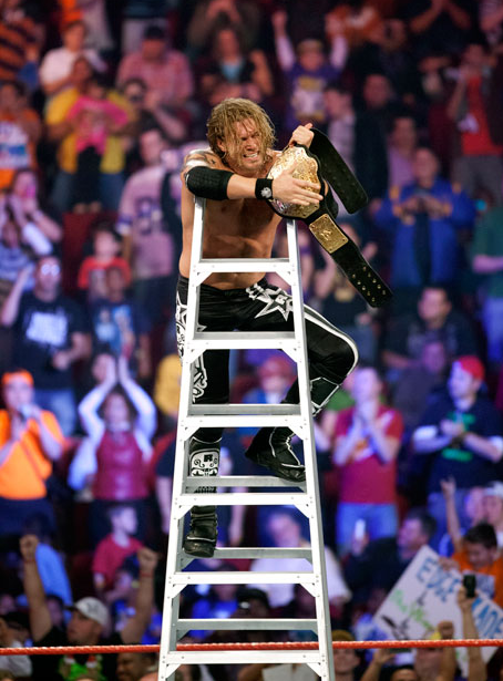 wrestlingchampions:  On this day: Edge competes in his final TLC match and wins his sixth World Heavyweight Championship, defeating Kane, Rey Mysterio and Alberto Del Rio. (12/19/10)