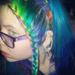 meganrainbows:  Crazy braid.