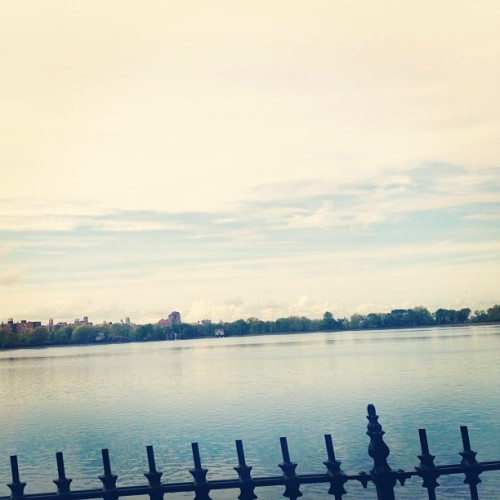 #running #nyc  (at Jacqueline Kennedy Onassis Reservoir)