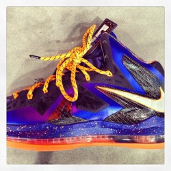 rayyau:  Lebron X Elite #superhero #lebronx #elite @nike @kingjames #sneakerhead #knicks #sofresh