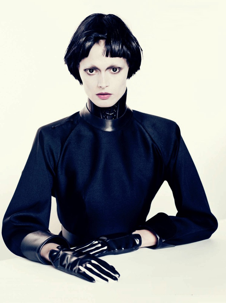 Black Fascination: Małgosia Bela by Paolo Roversi for Vogue Italia December 2012.