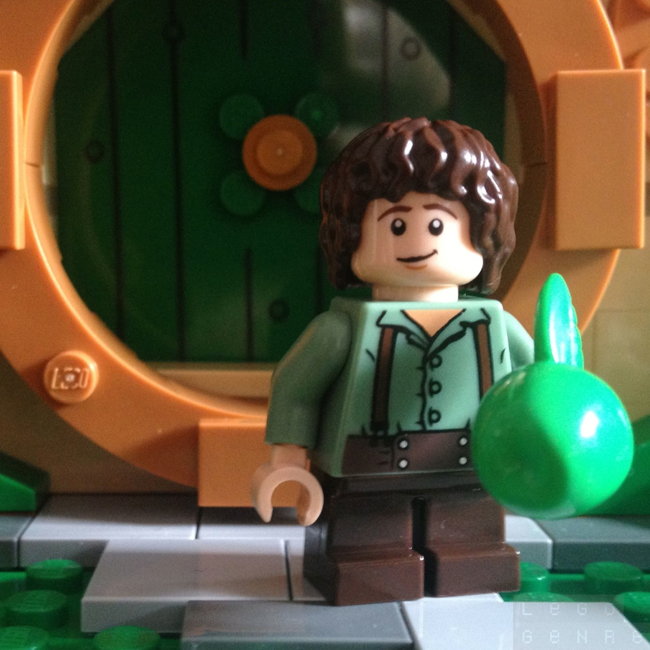 Frodo Baggins, Ring-bearer, of the Nine Fingers, Elf-friend, & Mayor; aka Mr Underhill. — http://LegoGenre.com