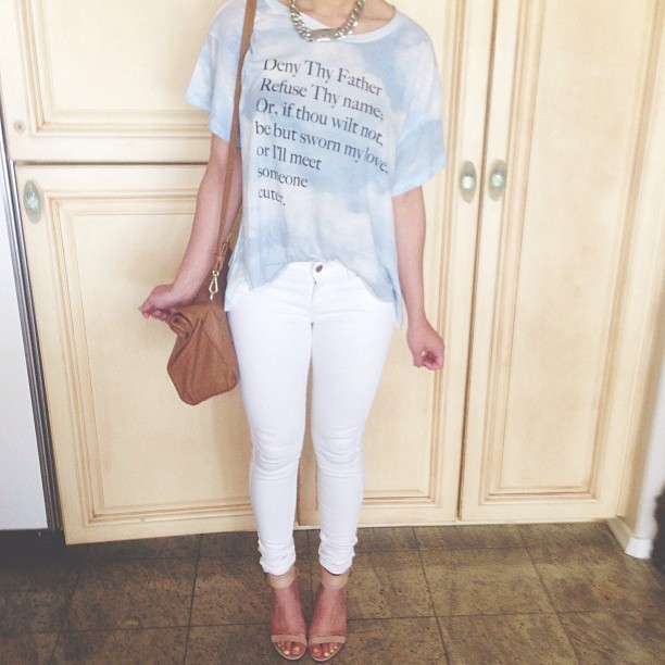 dirtylittlestylewhoree:  Super simple #ootd today wearing: @wildfoxcouture @levis @officialzara